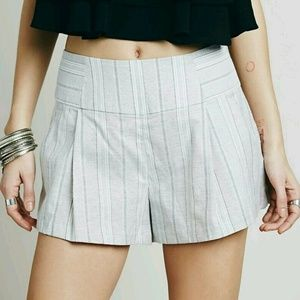 Free People Shorts - New Free People Gray Austin Pleated Shorts
